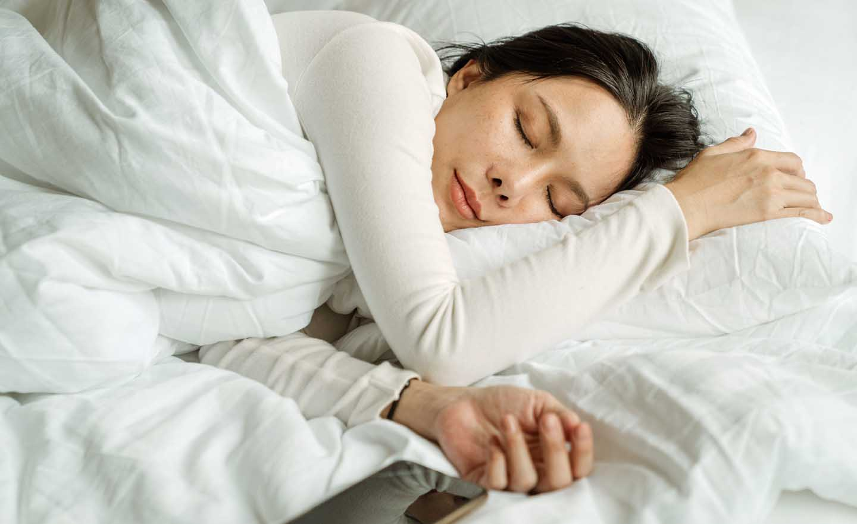 Dormindo ajuda controlar ansiedade -  Photo by Ketut Subiyanto from Pexels